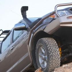Защита передних крыльев ARB на Toyota Hilux 05-15 W/FLARES